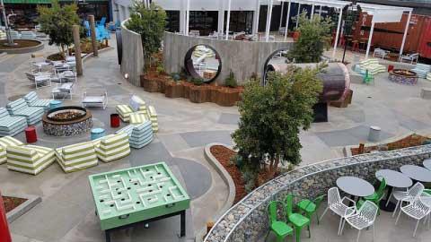 Exterior Concrete flooring by Bay Area Concretes at Hotel Zephyr