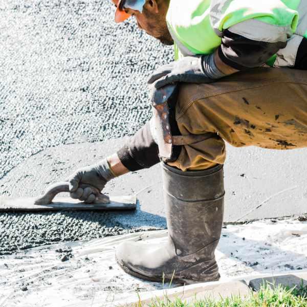 Paving concrete